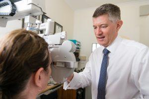 Focus Optometrists Sherwood QLD Simon Hurwood at work