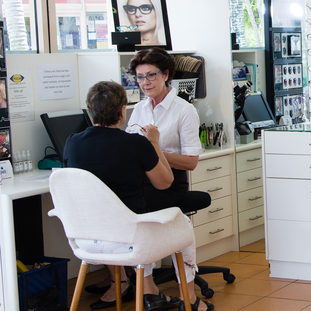 Focus Optometrists Sherwood QLD Support staff helping